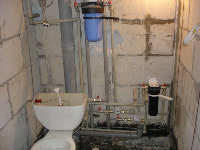 Водоснабжение ванной комнаты в частном доме своими руками 76